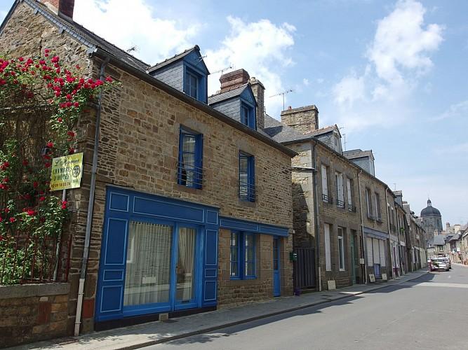 La rue René Le Hérissé et ses maisons