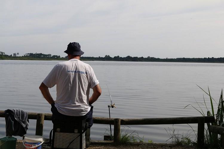 pêche-en-eau-douce2-grands-lacs-landes