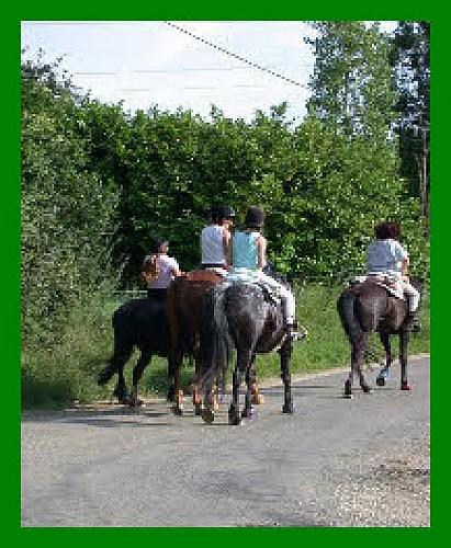 st-caprais-equitation3-destination-agen-tourisme