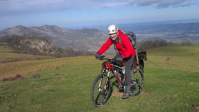 Robert-larrandaburu-accompagnateur-montagne-vtt