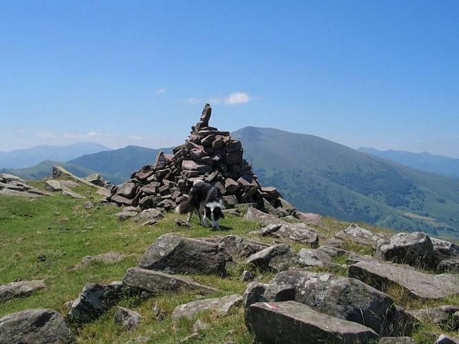 Accompagnateur-montagne Daniel Hargain - Cairn - Saint Etienne de Baïgorry