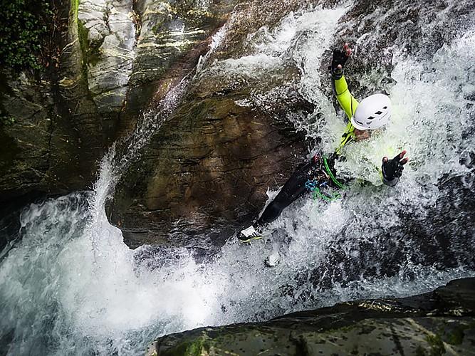 Expérience Canyon - Lons - descente en rappel 2