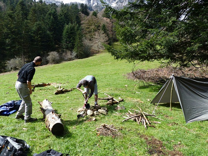 Naturaddict'64 - Stage d'inititiation suvie_bushcraft (Vernejoul Guillaume)