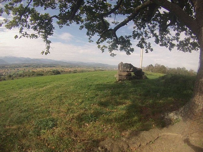 Atoo Watt - VAE au Dolmen de Peyrecor  (Patrick Legendre)