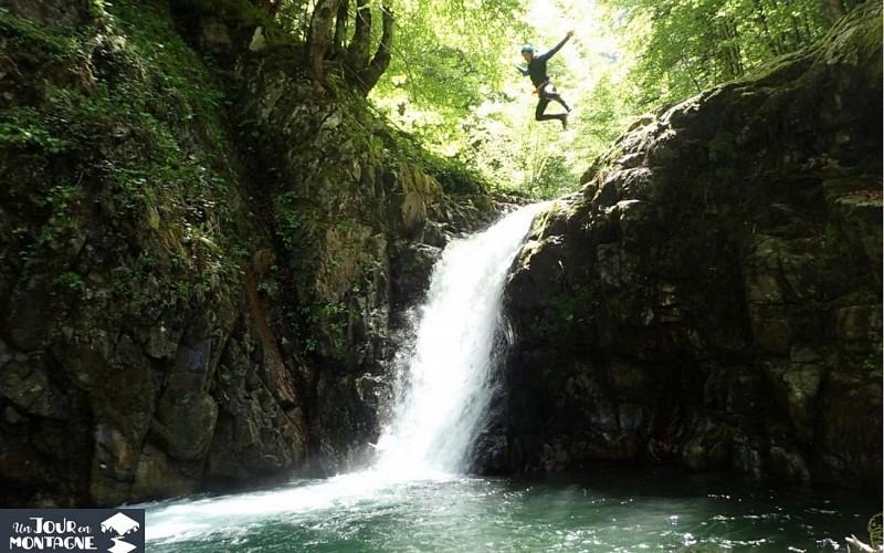 Un jour en montagne - Gan - Cascade