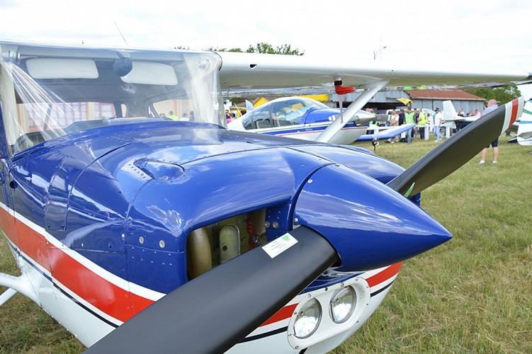 Grass cockpit aérodrome avion aviation loisirs Thouars Thouarsais
