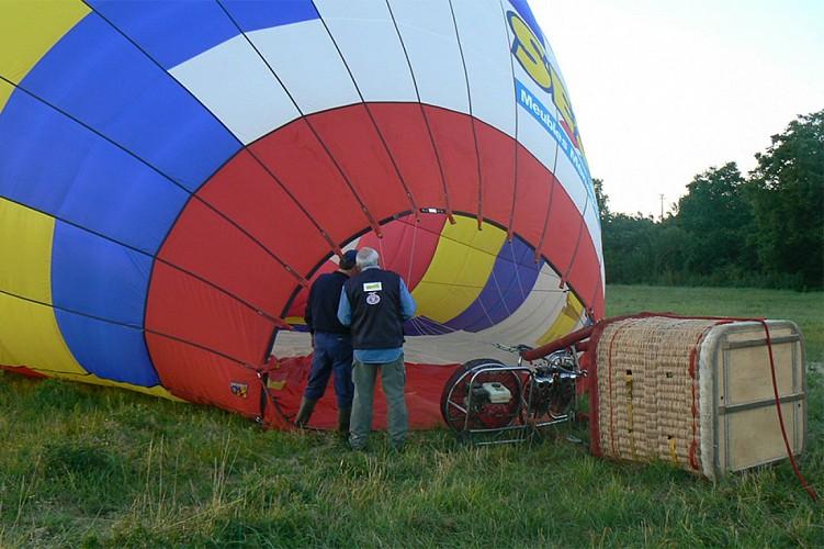 montgolfière en Thouarsais vol loisirs aérien activité Thouars Thouarsais Deux Sèvres 79 compresse4.jpg_4