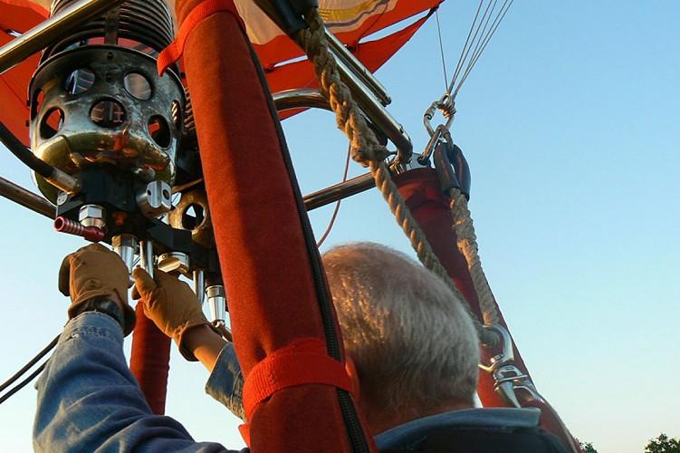 montgolfière en Thouarsais vol loisirs aérien activité Thouars Thouarsais Deux Sèvres 79 compresse5.jpg_6