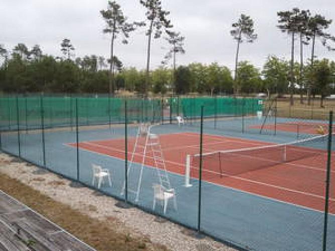 Tennis court Ext.