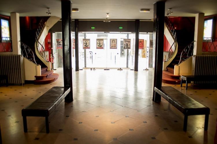 Trianon Hall (2)