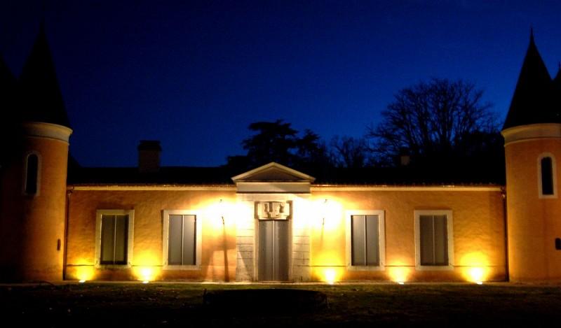 Chateau-eclaire-Les-Dames-de-La-Renardiere-2