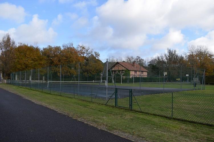 CLNT - LEVIGNACQ - Terrain de tennis