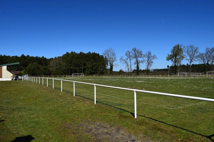 CLNT - TALLER - Terrain de foot (2)