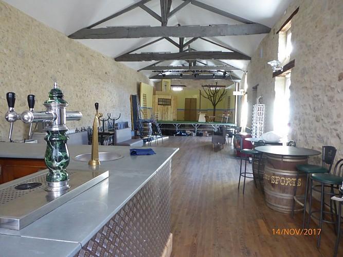 lauzun-salle cafe des sports-interieur