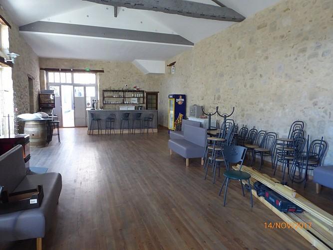 lauzun-salle cafe des sports-interieur 2