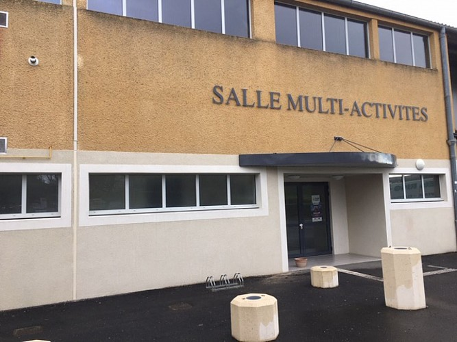 Salle-multi-activites-de-Cancon--3-