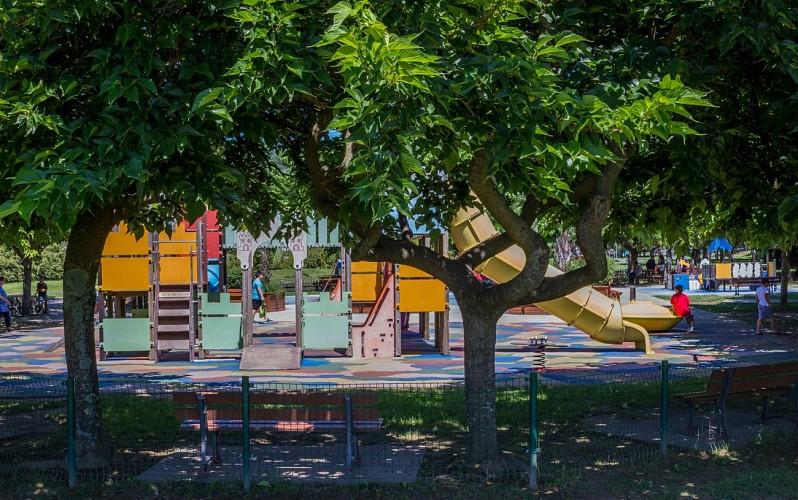 Aire-de-jeux-de-Belcenia---Hendaye-Tourisme