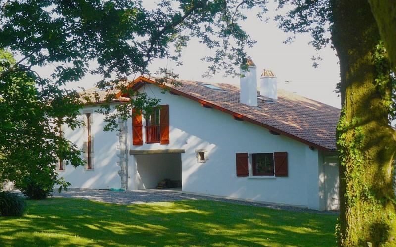HLOAQU064V501XF3-leremboure-façade-maison 1440x900
