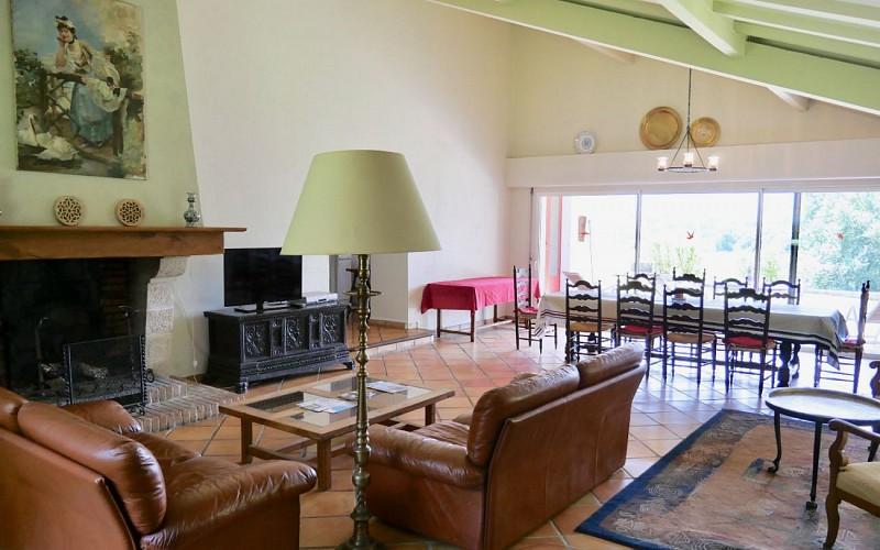 HLOAQU064V501XF3-leremboure-salon-salle-à-manger 1440x900