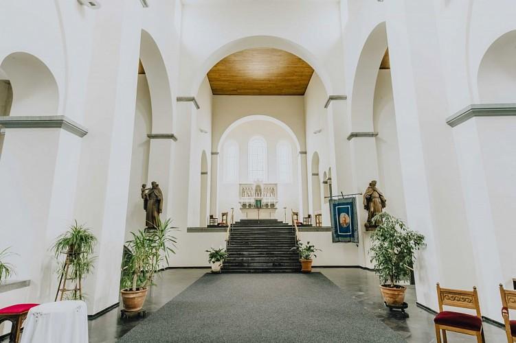 Collégiale Saint-Ursmer à Lobbes