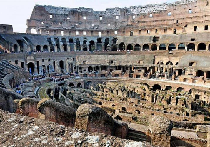 Skip-the-line tickets - Coliseum, the roman Forum and the Palatine - Simple Access