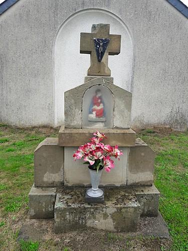 Monument dédié à Notre-Dame des Prés