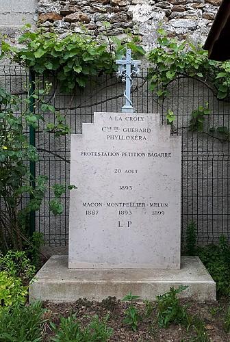 Plaque commémorative de la mort de la vigne par le phylloxera