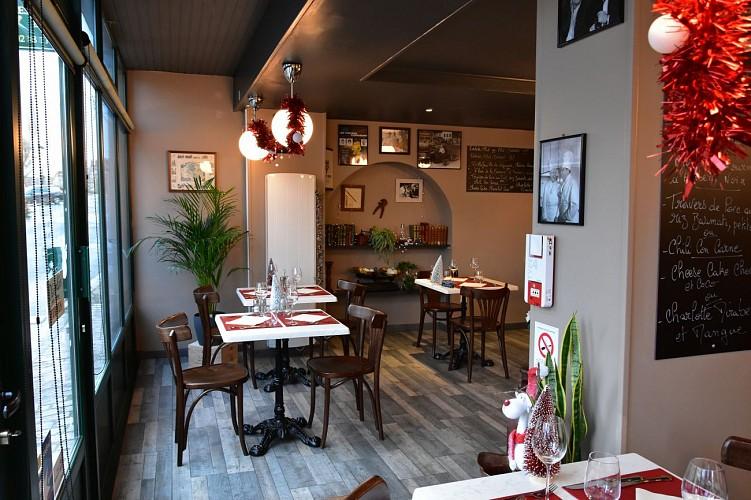 Briare-restaurant l'Hydropate-salle de restauration
